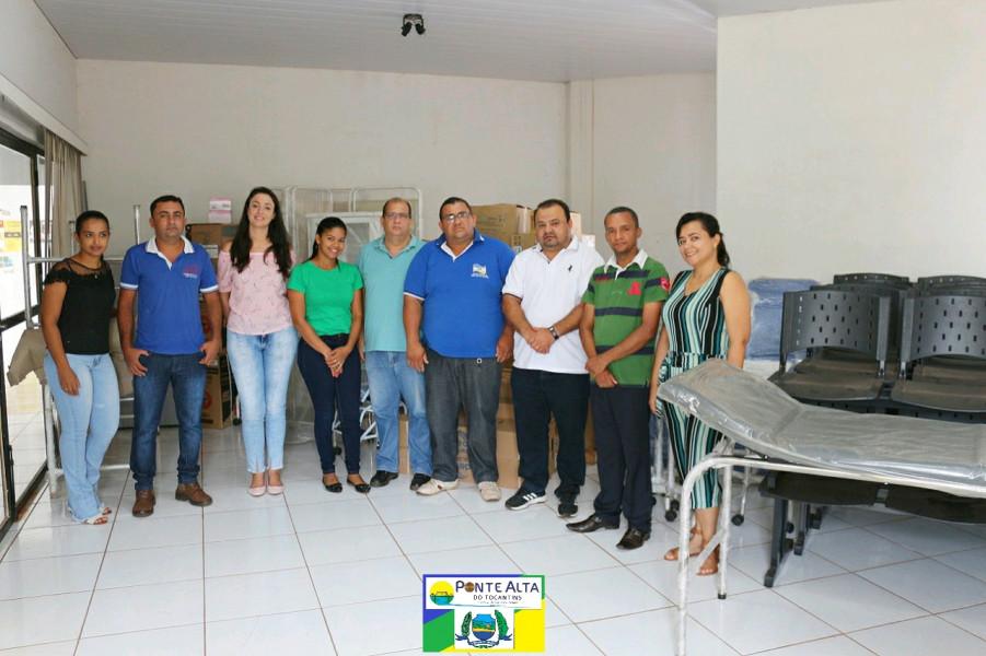 Prefeito Kleber entrega novos equipamentos à Saúde do Município